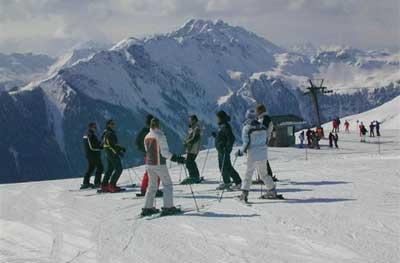 Горные лыжи сложны начинающим в освоении