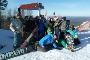 Сноубордисты на курорте в Челябинской области